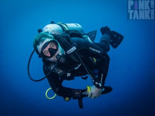 LOGO Diver Lars Against the Blue